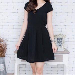 Zara Basic Little Black Dress Pockets Cap Sleeves